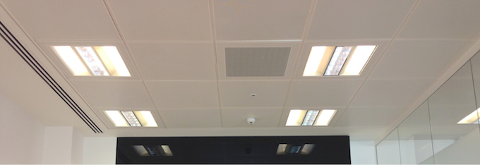 77g F2 Calabash Ceiling Cleaning In London